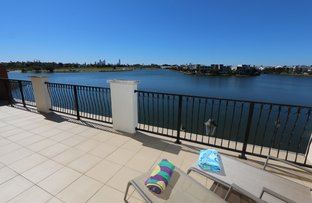 Picture of 44/3030 The  Boulevard, Carrara QLD 4211