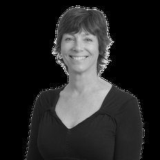 Clare Andrews, Sales representative