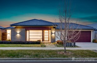 Picture of 33 Dawkins Avenue, Fraser Rise VIC 3336