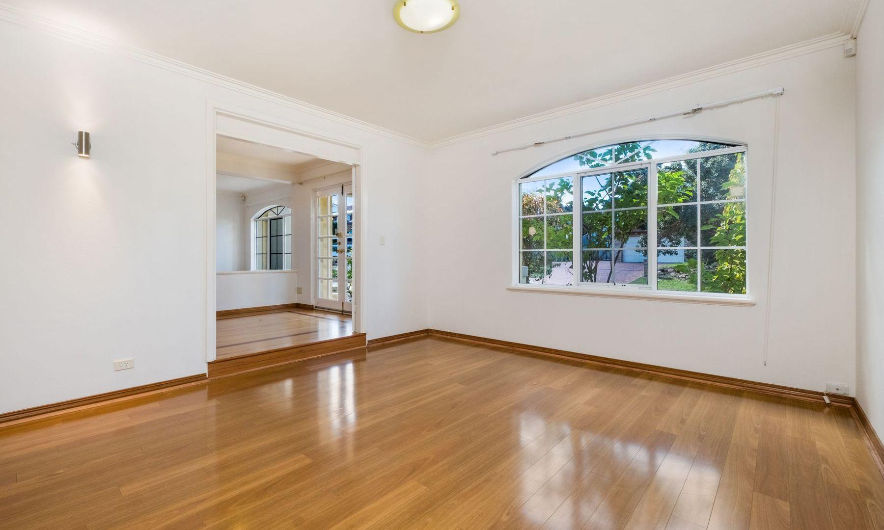 3 Cochram Court, Mount Claremont WA 6010, Image 2