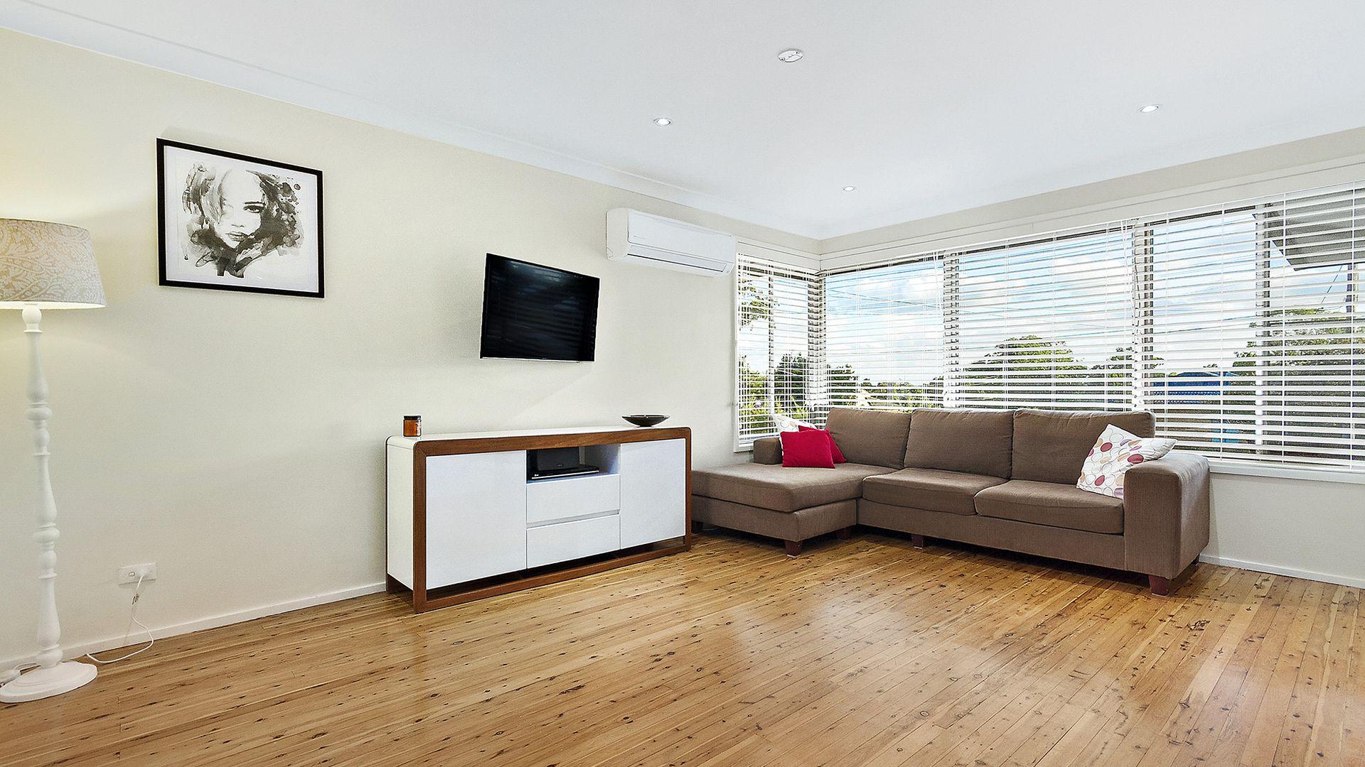 26 Selkirk Street, Winston Hills NSW 2153, Image 2