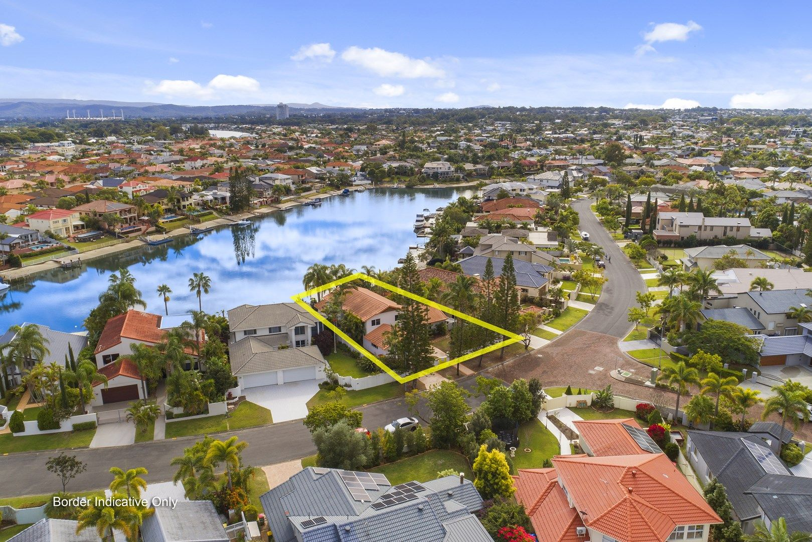 12 Charolais Crescent, Benowa Waters QLD 4217, Image 1