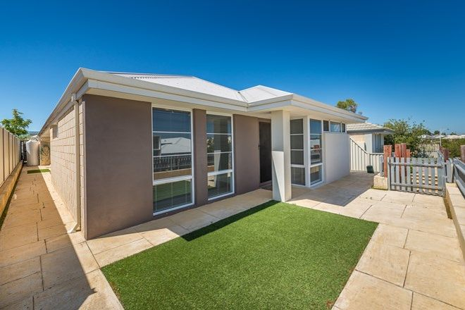 Picture of 47 Leeway Loop, ALKIMOS WA 6038