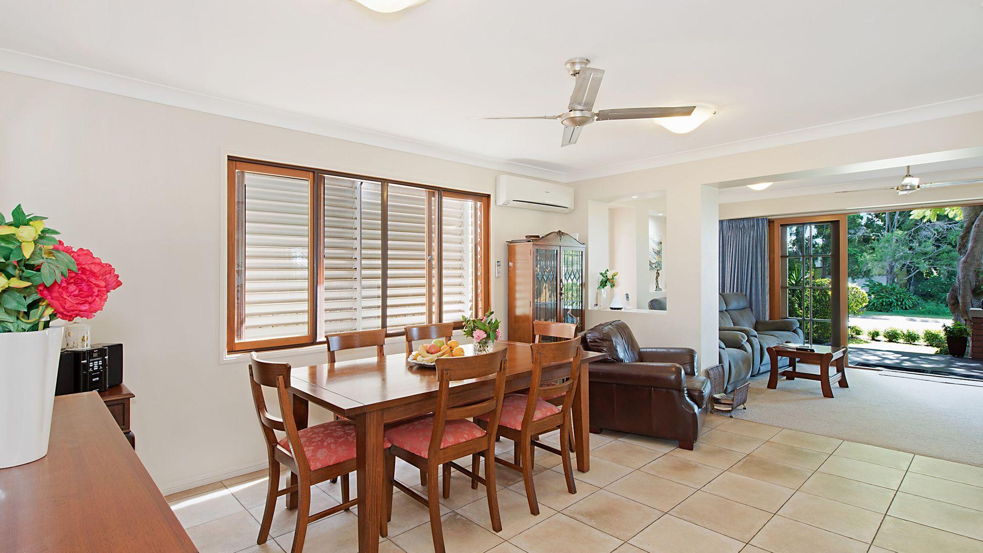 34 O'Quinn Street, Nudgee Beach QLD 4014, Image 2