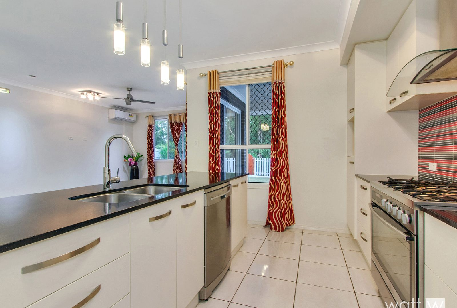 56 Somerset Drive, Carseldine QLD 4034, Image 1