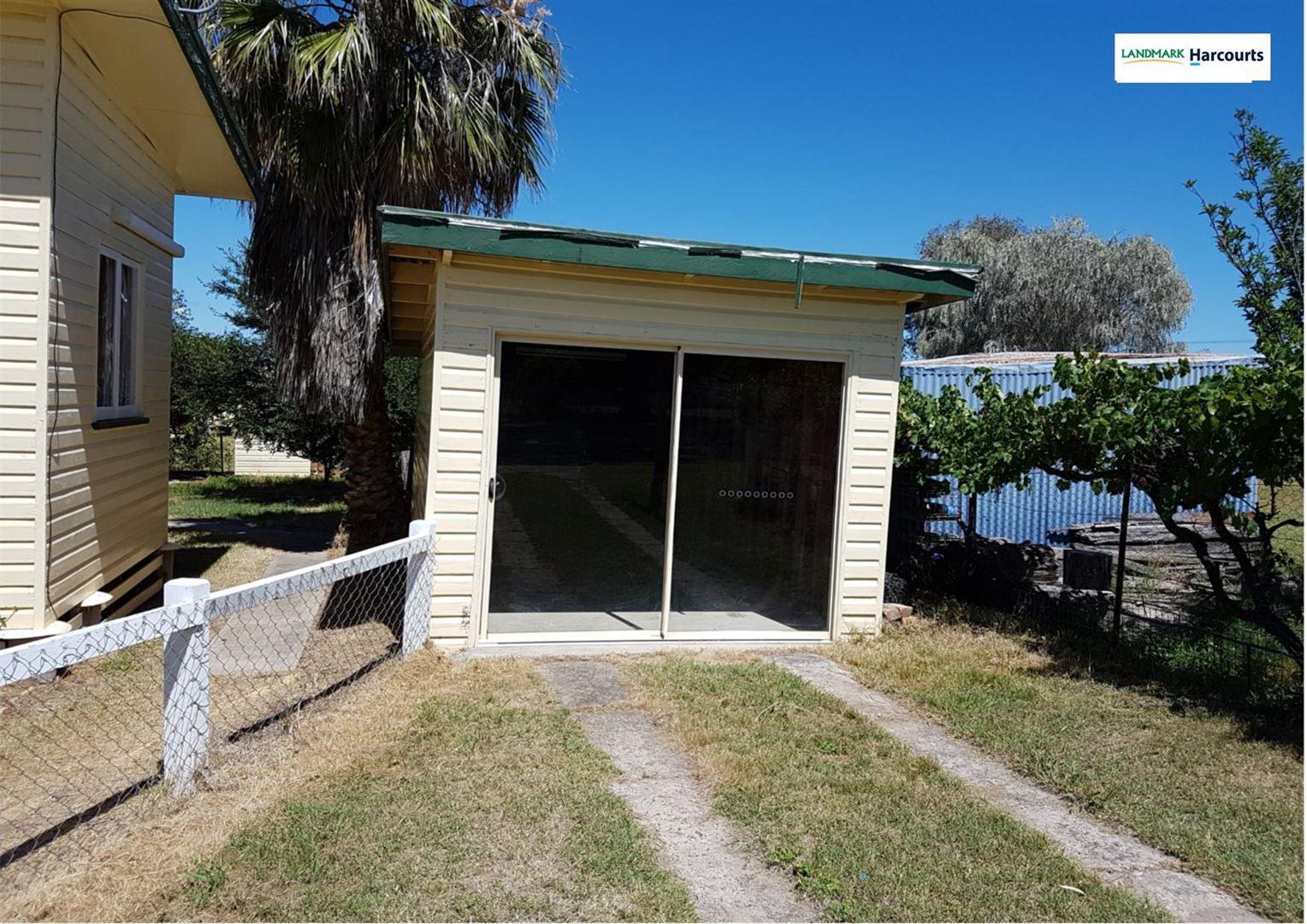 6 MacDougall Street, Texas QLD 4385, Image 2