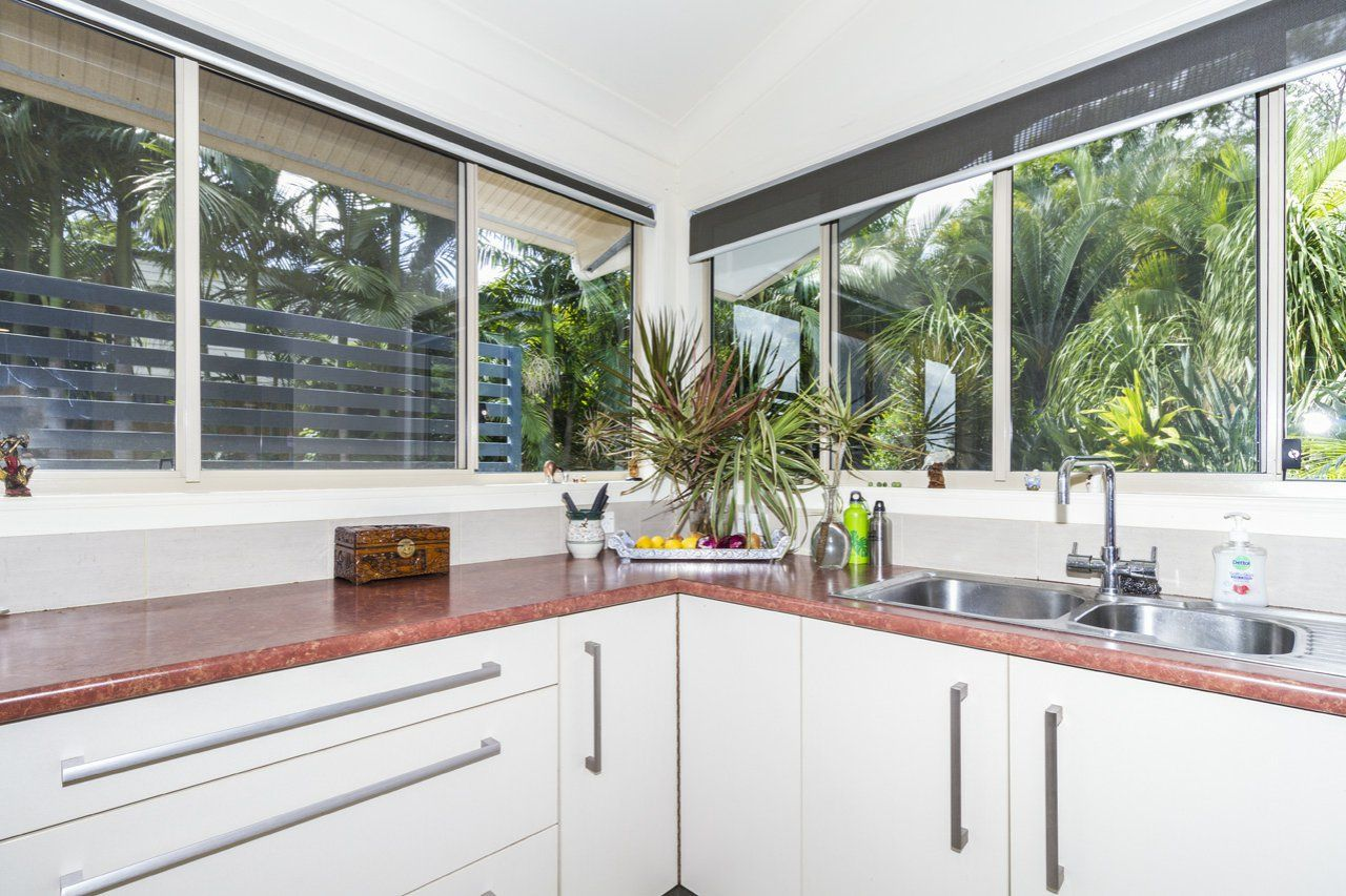 20 Calm Waters Crescent, Macleay Island QLD 4184, Image 2