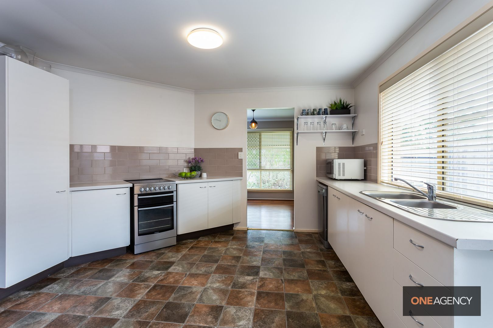 70 Czarnecki Street, Camira QLD 4300, Image 2