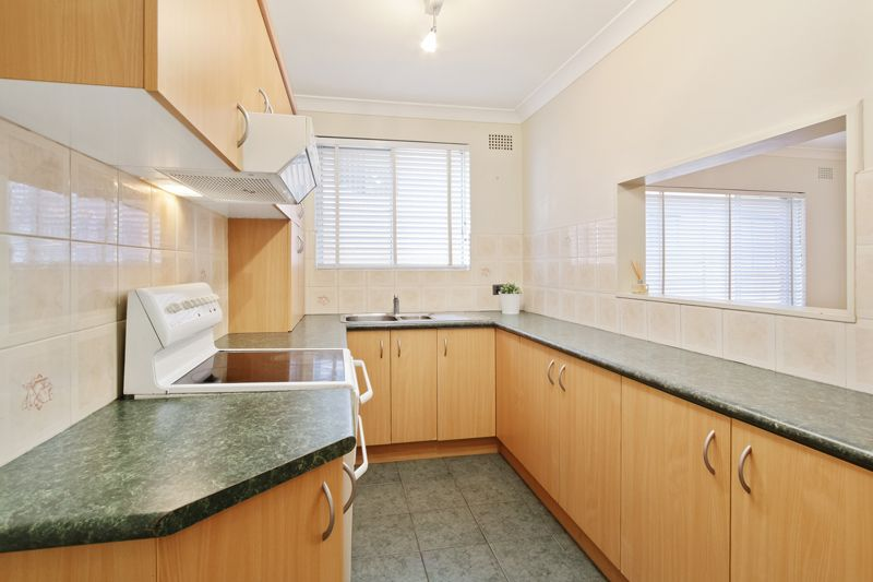 2/115 Mount  Street, Coogee NSW 2034, Image 2