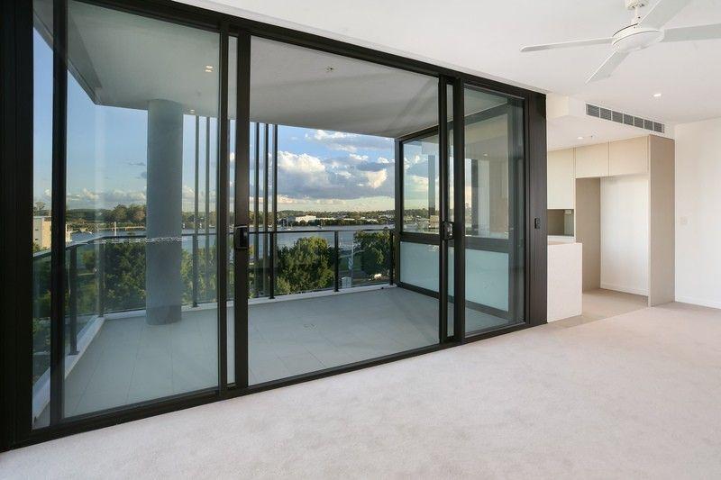 10604/320 Macarthur Avenue, Hamilton QLD 4007, Image 1
