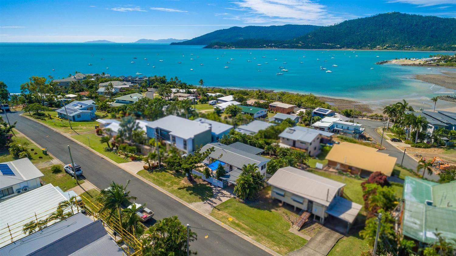 9 Summit Avenue, Airlie Beach QLD 4802, Image 0