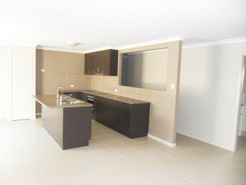 1/4 David Place, Kingaroy QLD 4610, Image 2