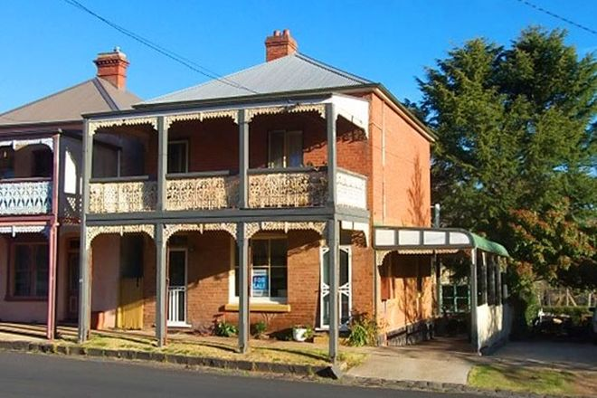 Picture of 14 Victoria Street, MILLTHORPE NSW 2798