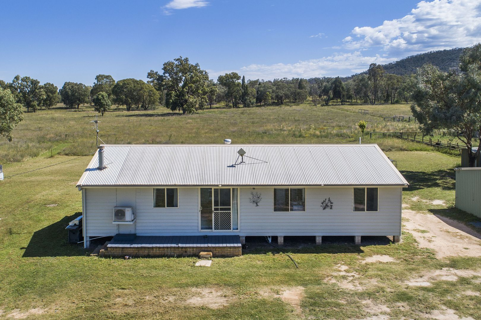 83 Mount View  Road, Mudgee NSW 2850, Image 2