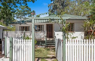 Picture of 29 Logan Avenue, Oxley QLD 4075