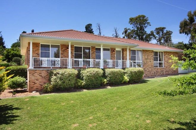 Picture of 2 GF Nott Place, ARMIDALE NSW 2350