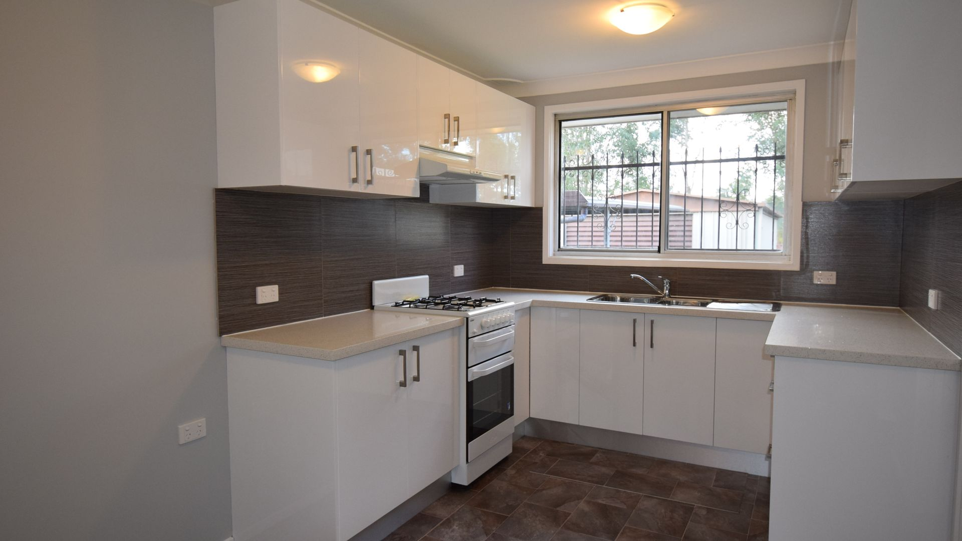 148 Madagascar Drive, Kings Park NSW 2148, Image 2