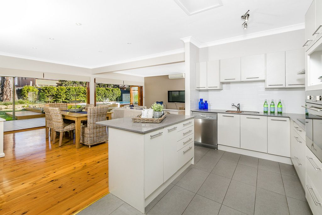 2 Hopkins Place, Forestville NSW 2087, Image 2