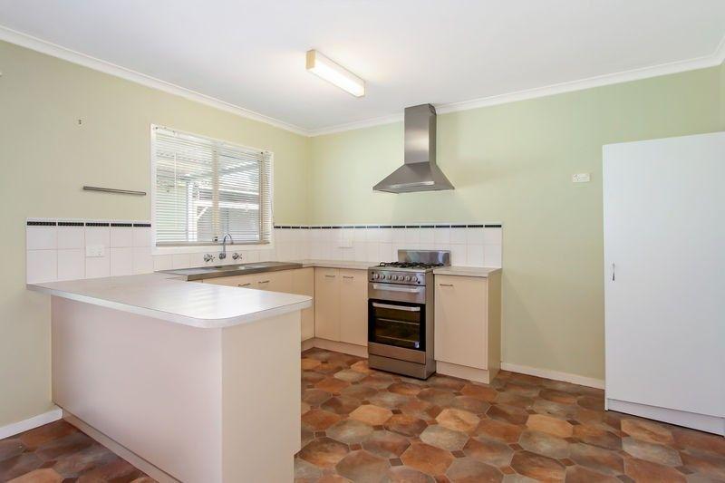 13-15 Frederick Street, Woolomin NSW 2340, Image 2