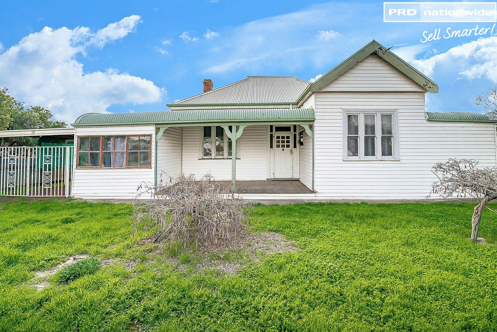 19 Ferrier Street, Lockhart NSW 2656, Image 0