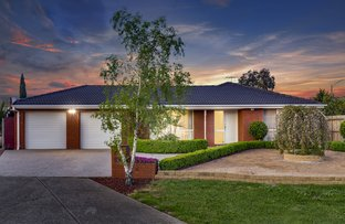 Picture of 2 Sharon Court, Taylors Lakes VIC 3038