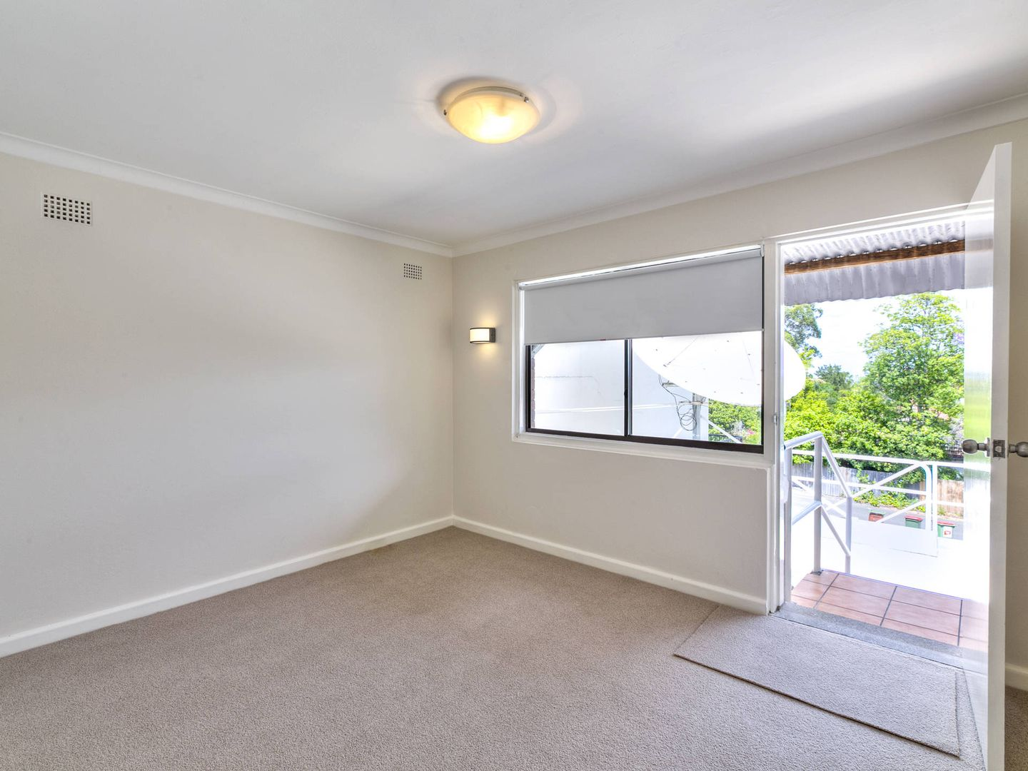 Upstairs Flat/350 Pacific Highway, Lindfield NSW 2070, Image 2