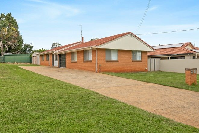 Picture of 2/24a Grey Street, SOUTH TOOWOOMBA QLD 4350