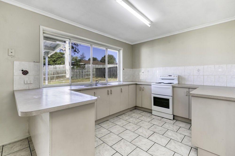 94 Haig Road, Loganlea QLD 4131, Image 2