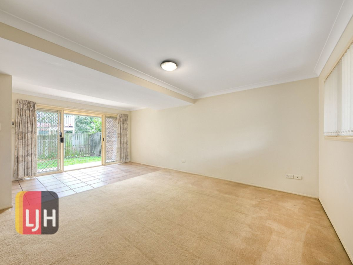 2/11 Groom Street, Gordon Park QLD 4031, Image 2