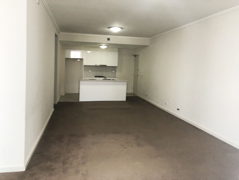 808/3-5 Weston Street, Rosehill NSW 2142, Image 2