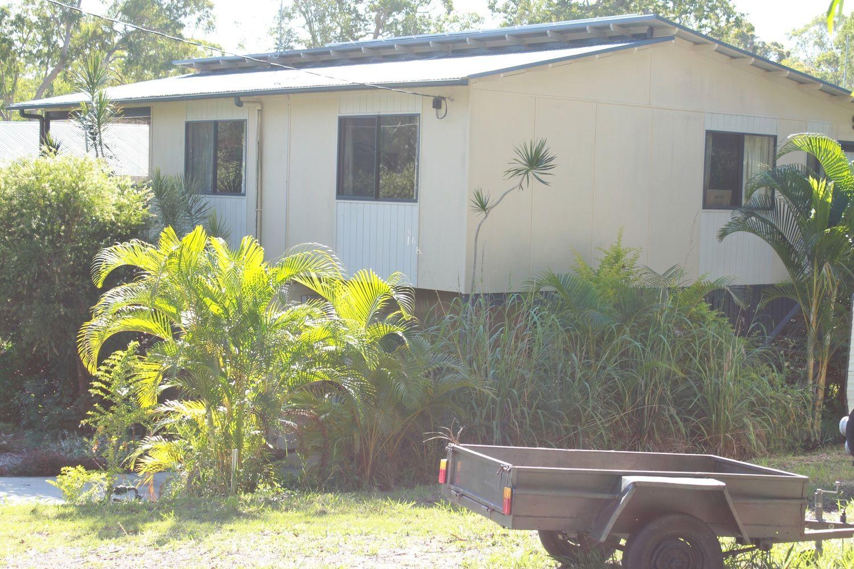 11 Jane Street, Macleay Island QLD 4184, Image 1