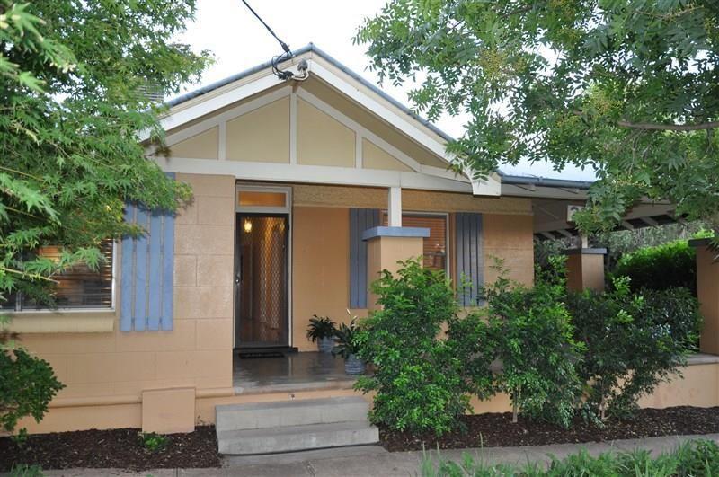 20 Elgin Street, Forbes NSW 2871, Image 0