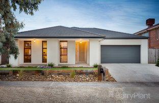 Picture of 22 Grassbird  Drive, Point Cook VIC 3030