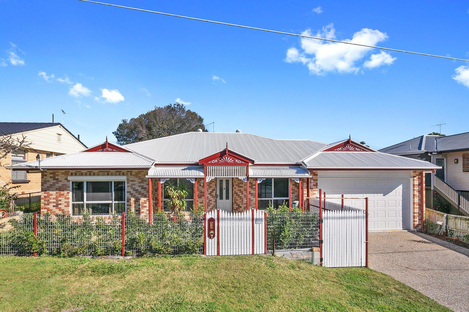 7 Hillcrest Avenue, Wynnum QLD 4178, Image 0