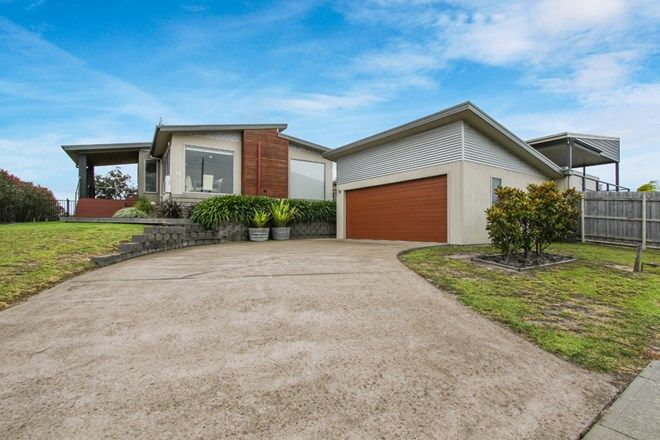 Picture of 11 Bream Road, LAKE TYERS BEACH VIC 3909