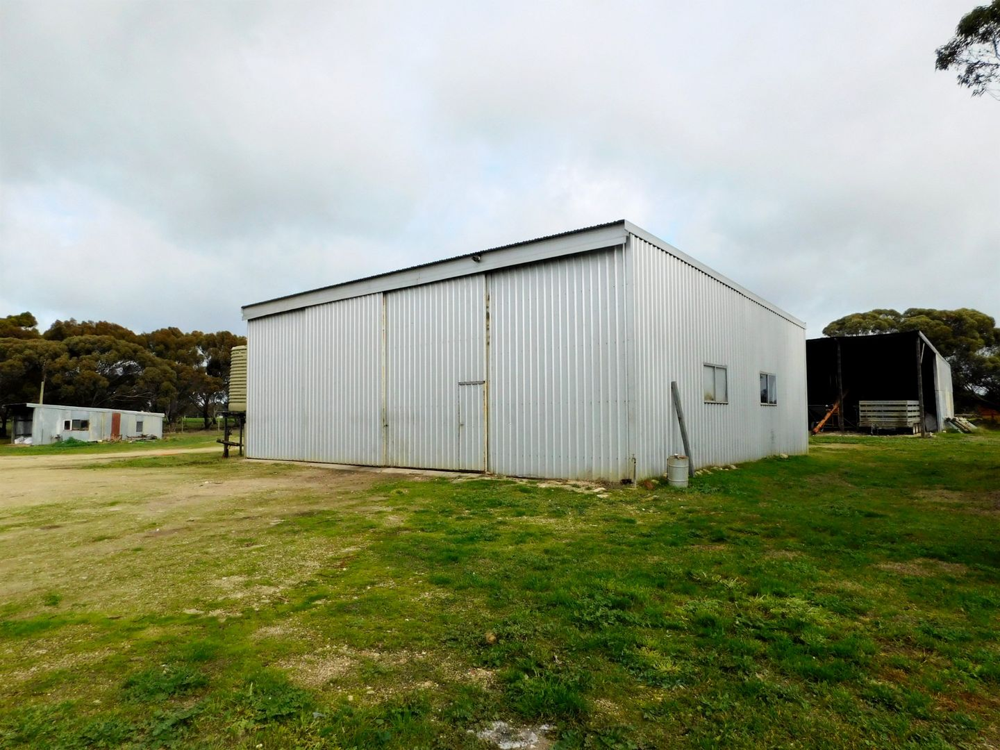 175 Golf Course Road, Bordertown SA 5268, Image 1