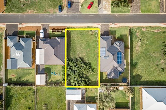 Picture of 11 Portside Road, DRUMMOND COVE WA 6532