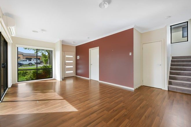 Picture of 1/109 Golf links Road, BERWICK VIC 3806