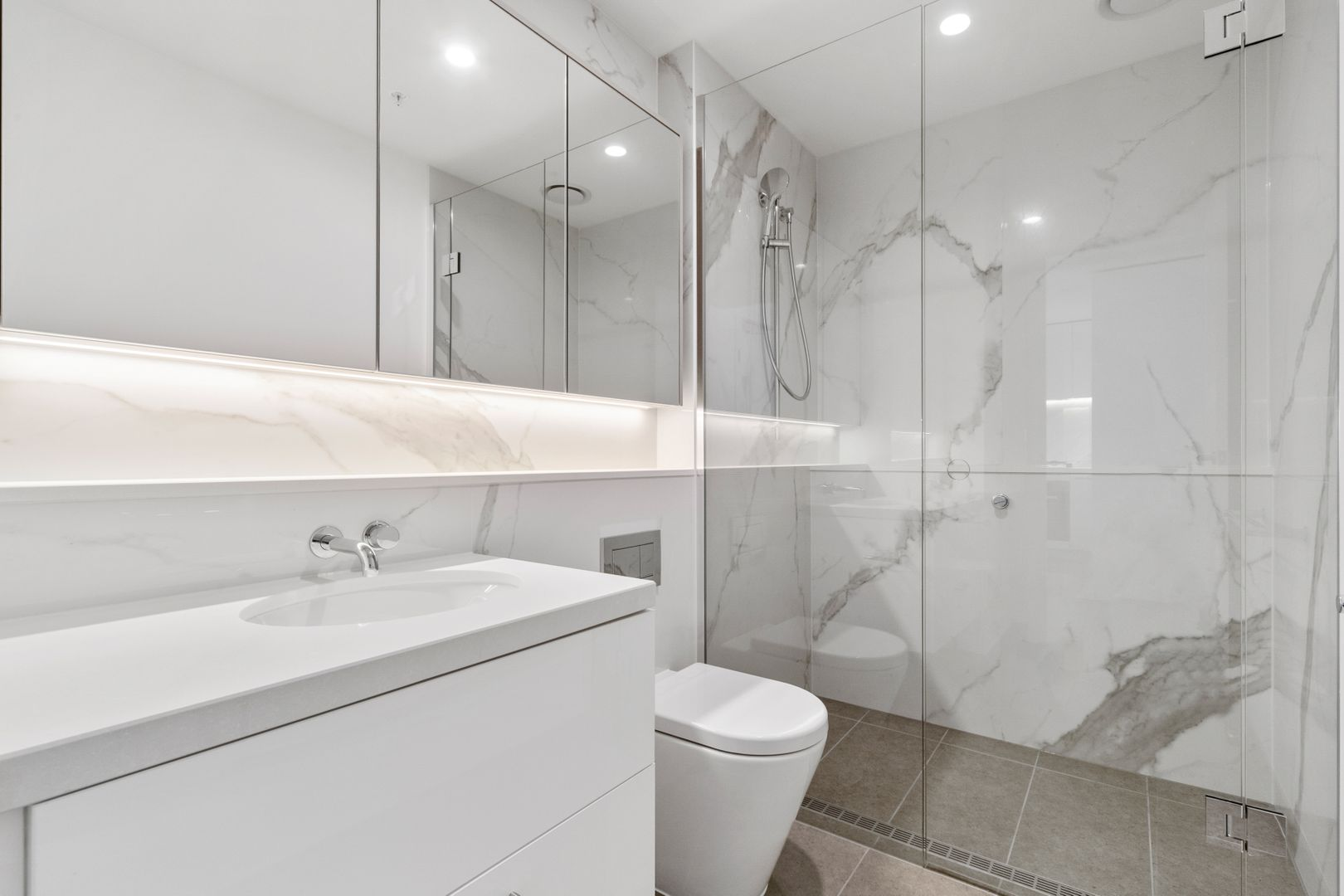 M810/188 Macaulay Road, North Melbourne VIC 3051, Image 2