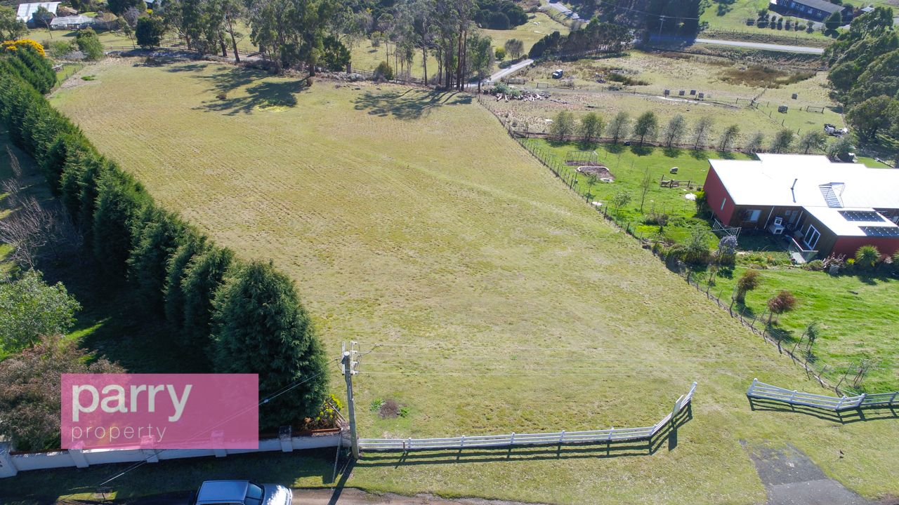 8 Mountain View Crescent, Grindelwald TAS 7277, Image 2