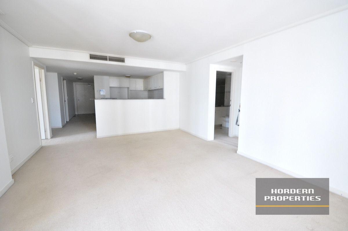 2 bedrooms Apartment / Unit / Flat in 3803A/393 Pitt Street SYDNEY NSW, 2000