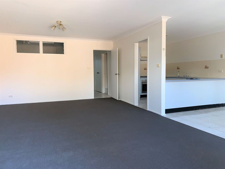 1/8 Bringelly Road, Kingswood NSW 2747, Image 0