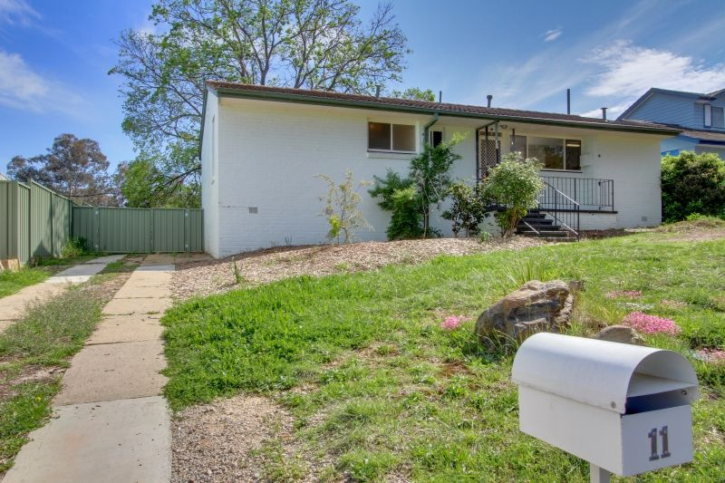 11 Enderby Street, Mawson ACT 2607, Image 0