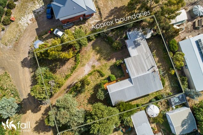 Picture of 7 Erle Street West, CARLTON RIVER TAS 7173
