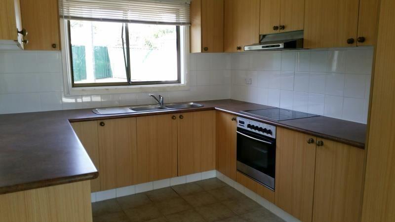 4 Chisholm Crescent, Bradbury NSW 2560, Image 1