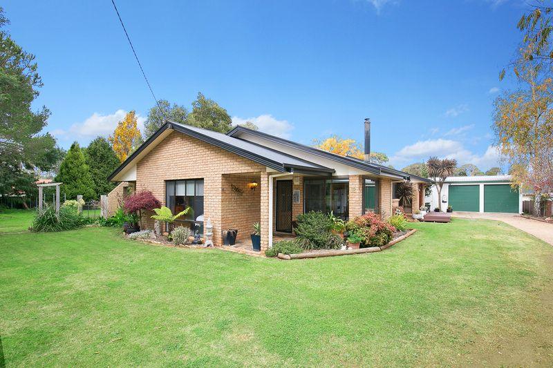 32 Manse Street, Guyra NSW 2365, Image 0