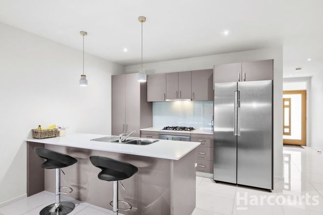 Picture of 6 Ludbrook Court, BROWN HILL VIC 3350