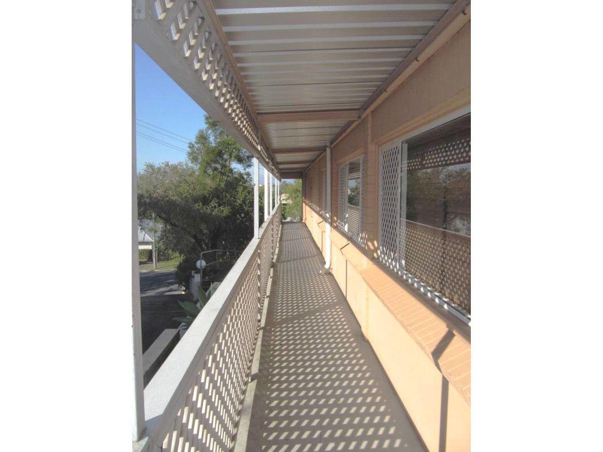 6/102 Henderson Street, Bulimba QLD 4171, Image 2