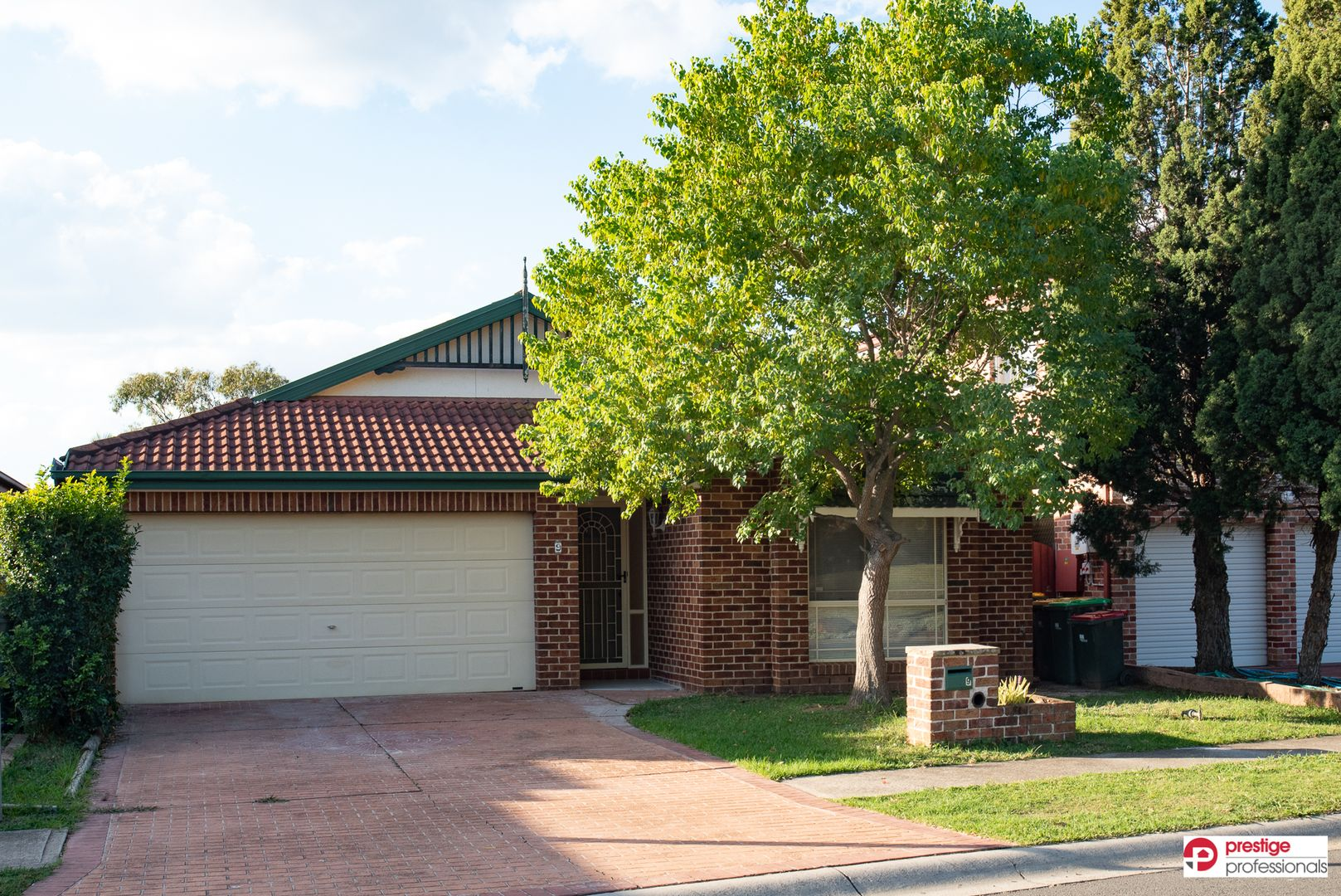 9 Banyule Court, Wattle Grove NSW 2173, Image 0