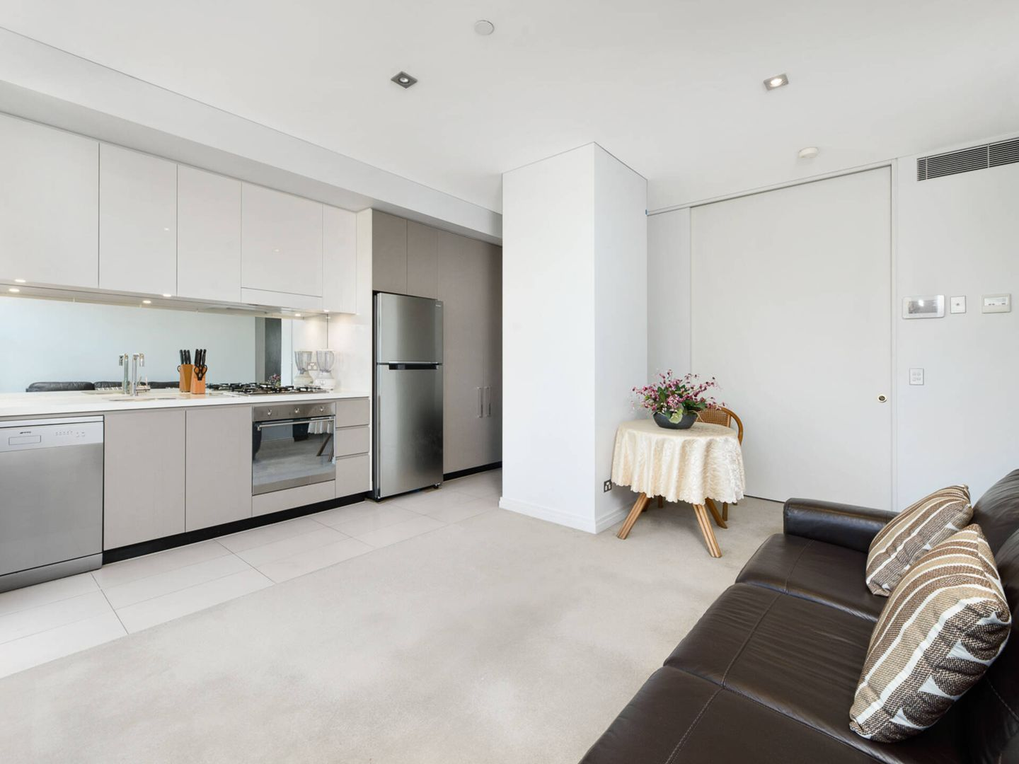 205/118 Alfred Street South, Milsons Point NSW 2061, Image 0